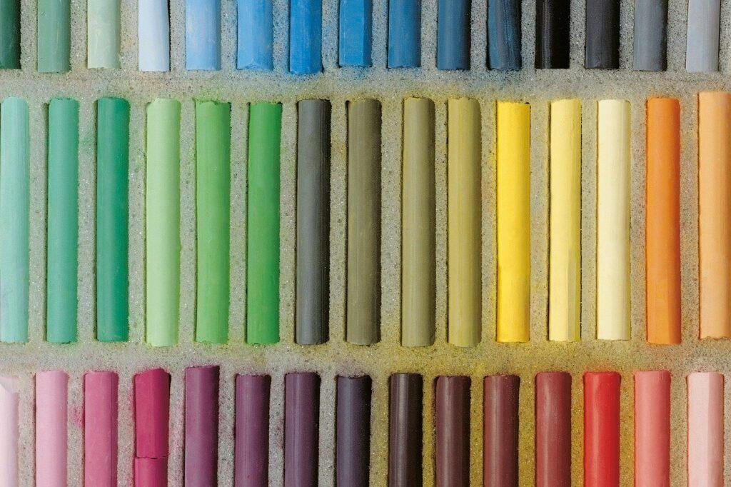 pastels, cretaceous, round-266941.jpg